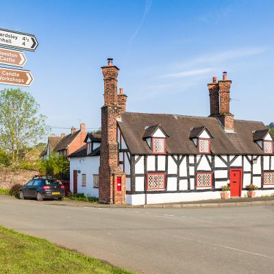 Traditional Black and White House at Beeston, Cheshire 5